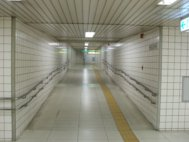 大阪天満宮駅1号出口通路(1号線下)